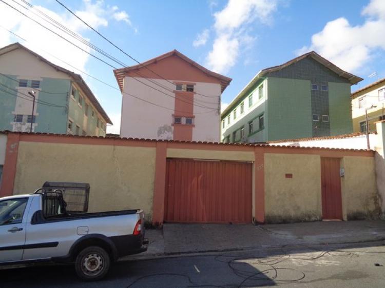 Apartamento de 03 quartos no Bairro Inconfidentes em Contagem MG