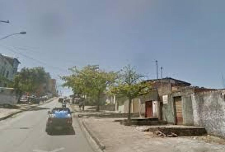 Foto Loja de 110m2 e casa de 03 quartos no Bairro Lind�ia em BH COMV1937